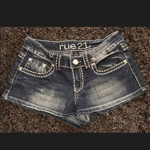 Juniors RUE 21 Jean Shorts Size 5/6